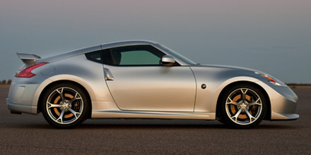 nissan_370z_coupe_nismo_2009